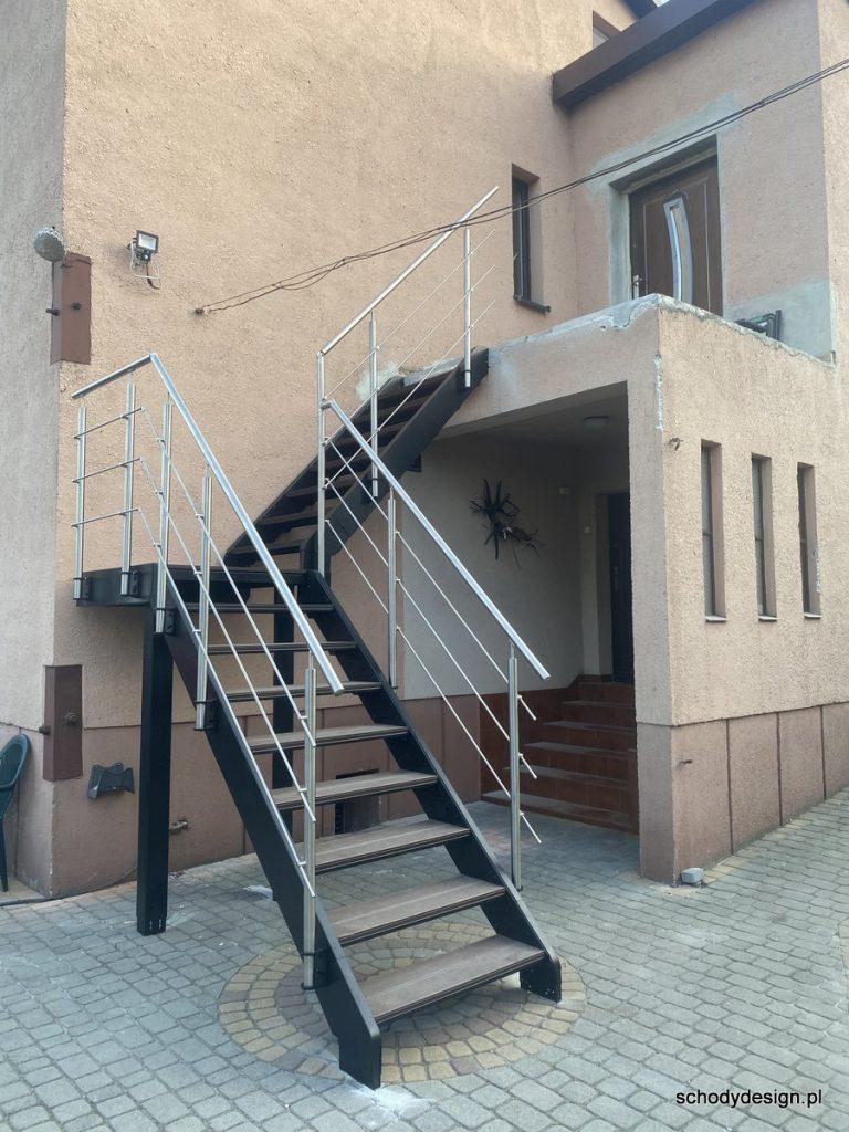 schody stalowe deska kompozytowa